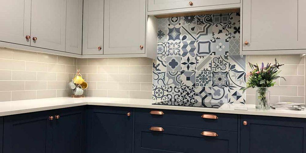 the arrangement in kitchen showroom